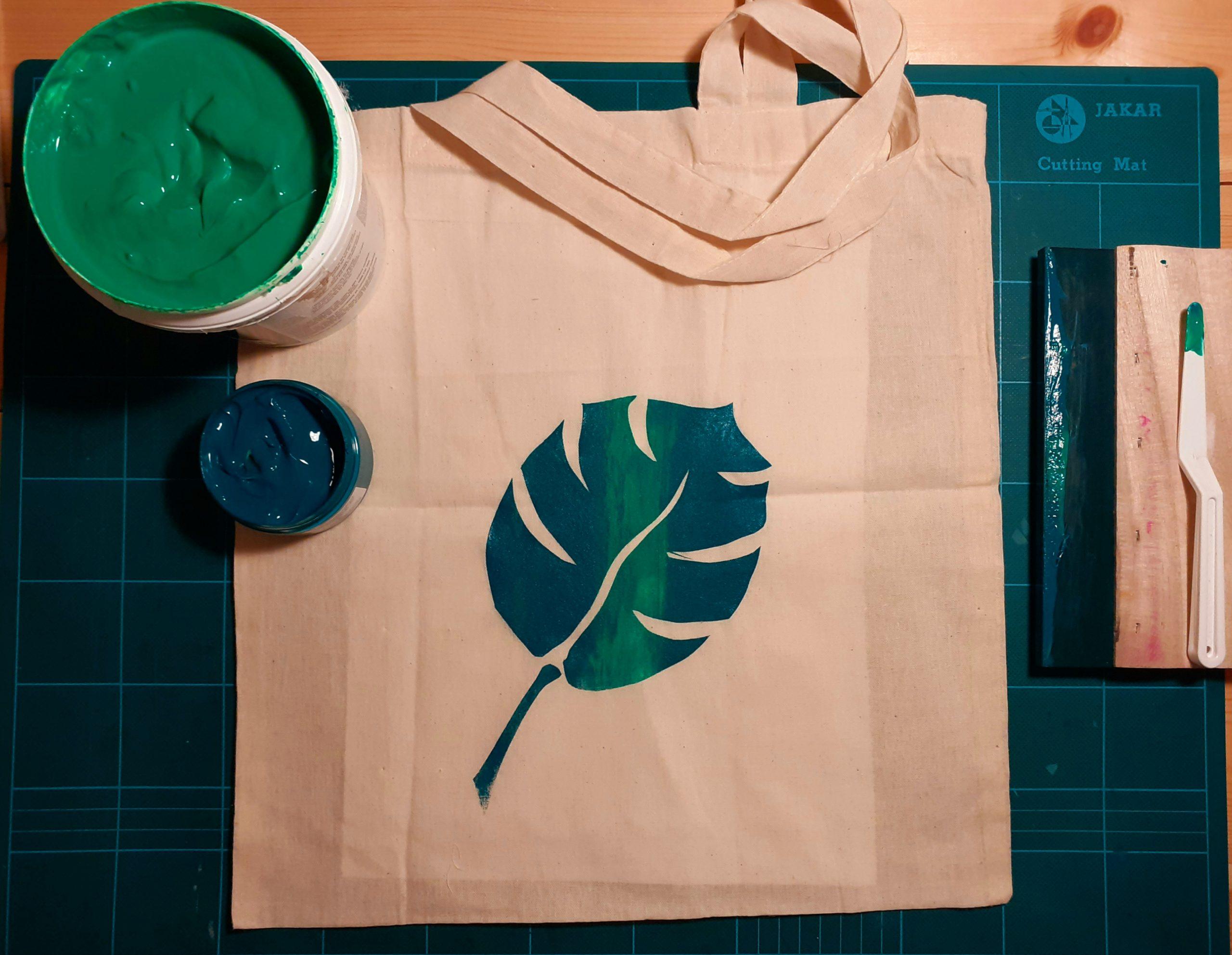 Silk Screen Printing – Tote Bag